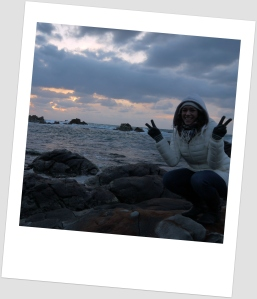 Peace and crab sign at the same time!