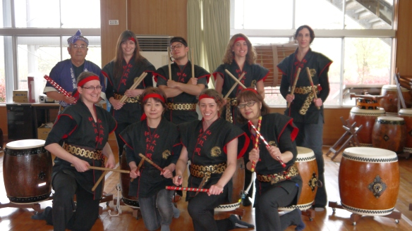Iwada taiko group